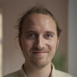 Lennart D.